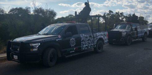 ASEGURAN EN FRESNILLO ARMAS DE FUEGO LARGAS EN UN VEHÍCULO ABANDONADO